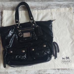 Coach Bags - ⚄Coach Poppy Textured Black Patent Hobo